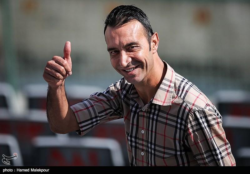 عنایتی: همه از تیم ملی فوتبال توقع قهرمانی دارند، استقلال یک گلزن شش دانگ می خواهد