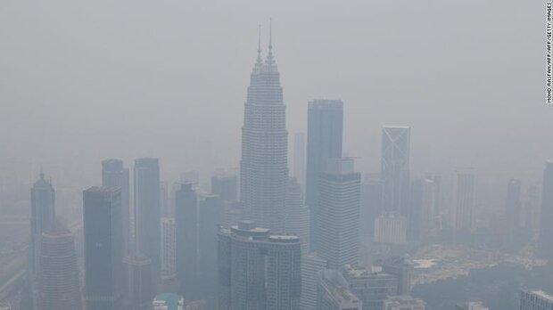 دود آتش اندونزی در چشم مالزیایی ها