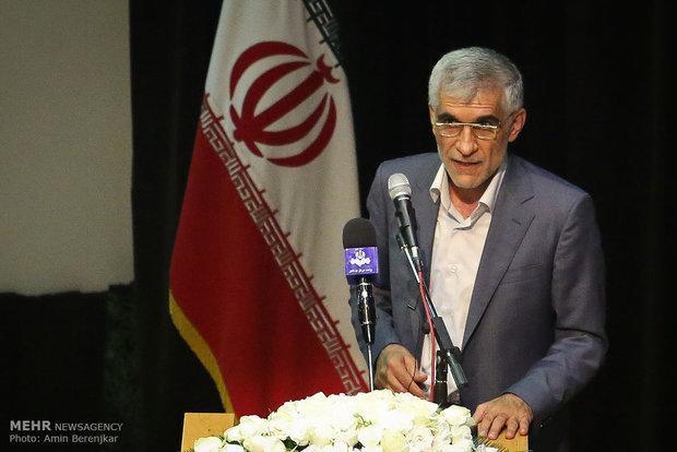 زمان صدور مجوزهای سرمایه گذاری در فارس کاهش یابد