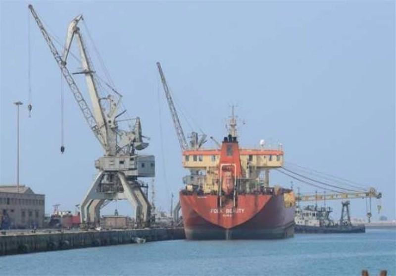 ادامه توقیف کشتی های حامل سوخت و مواد غذایی در یمن توسط ائتلاف متجاوز سعودی