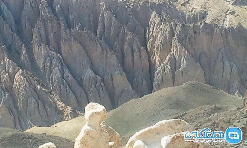 شیروان دره سی مشگین شهر؛ دره ای با اشکال عجیب و غریب