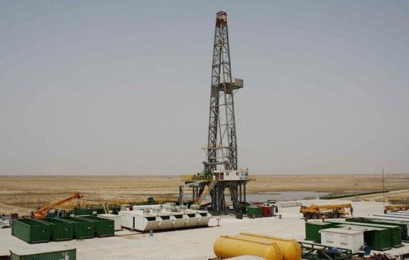 خبرنگاران سازندگان تجهیزات نفت و گاز خوزستان سهمی در اجرای پروژه های توسعه 28 مخزن ندارند