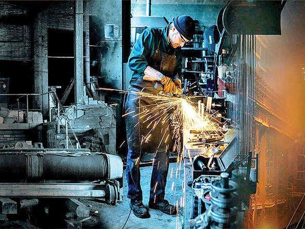 کارنامه رشد تولیدات صنعتی ایران در نیمه پاییز