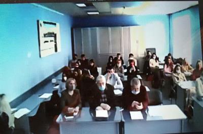 سخنرانی عضو هیات علمی دانشگاه مازندران در کنفرانس بین المللی چشم اندازهای توسعه علم و هنر