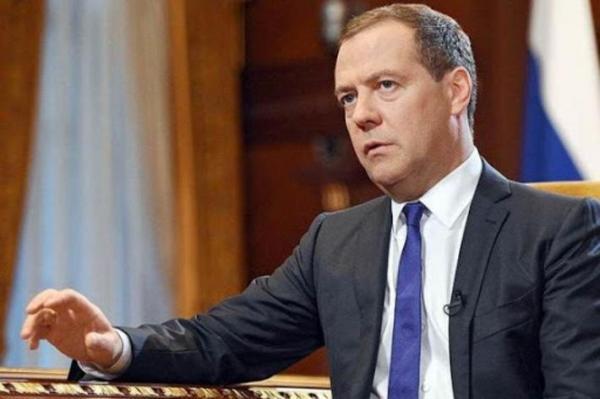 تحریم روسیه و چین به تجارت بین المللی لطمه می زند