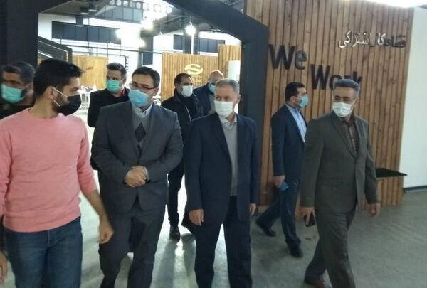 خبرنگاران مشاور وزیر کار: مسائل کارخانه مخابراتی در ستاد تسهیل کشور دنبال شود