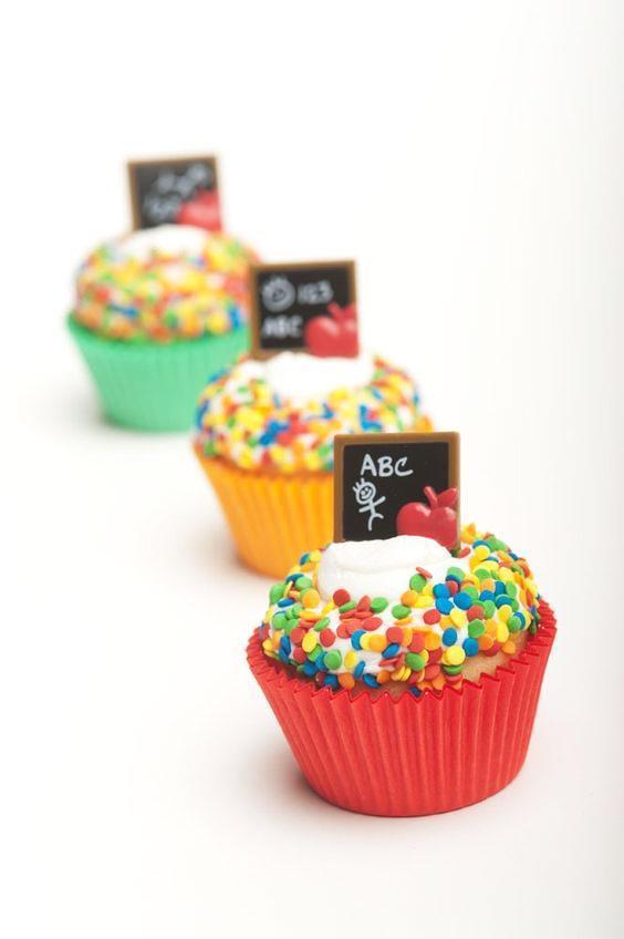 مدل کاپ کیک جشن الفبا به همراه تزئینات جدید