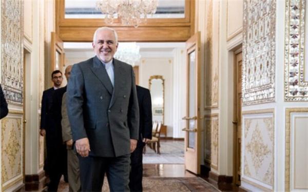 ظریف: به جای فلسفه بافی میراث تروریسم مالی ترامپ علیه ایران خاتمه یابد