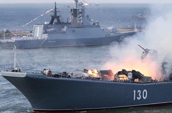 سفارت مسکو از شروع رزمایش دریایی ایران و روسیه اطلاع داد خبرنگاران