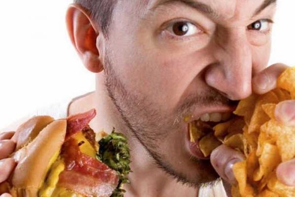 چه غذاهایی می توانند اعتیادآور باشند؟