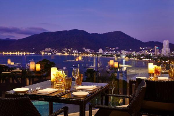معرفی چند تا از رمانتیک ترین رستوران های پوکت، تصاویر
