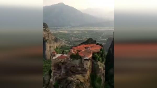تور ارزان یونان: بنای مذهبی و جادویی در یونان